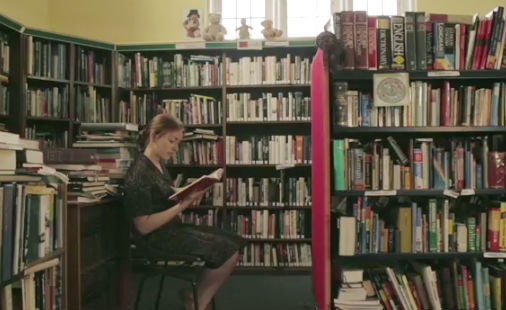i-want-a-girl-who-reads